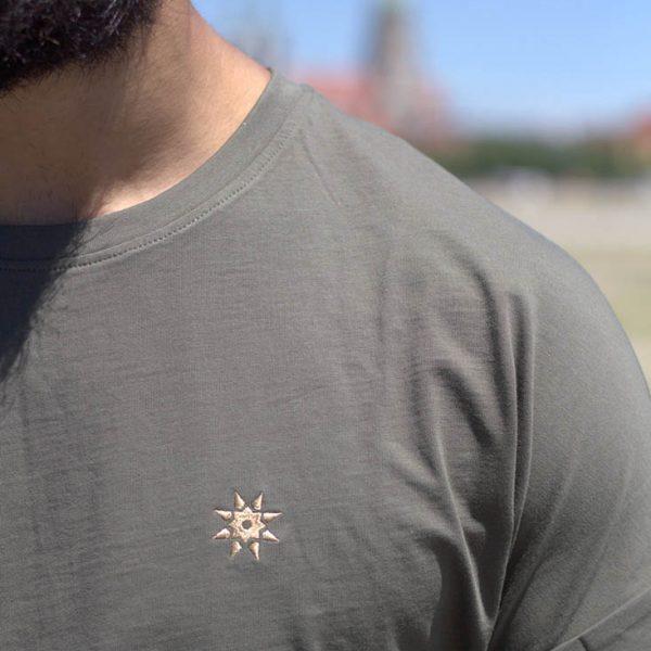 T-Shirt olivgrün
